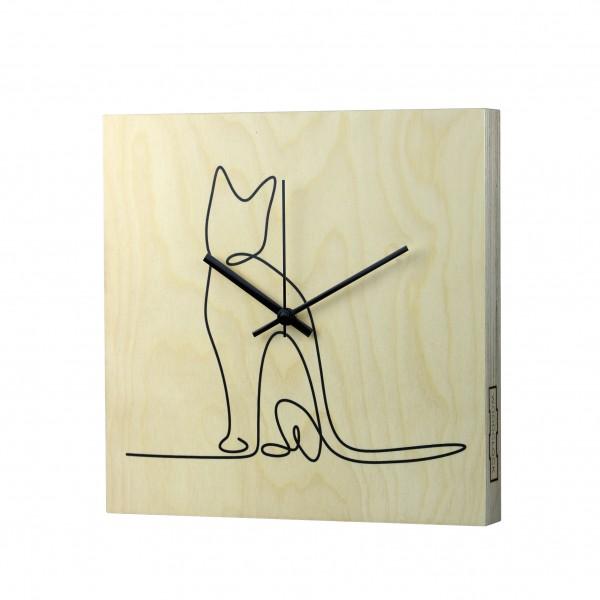 Woodclock Cat